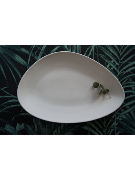 Assiette Triangle 325X220 Gardenia